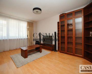 RK CASMAR ponúka na prenájom veľký 4-izbový byt na ulici Vajanského
