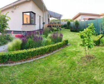 NA PREDAJ  nádherný 5 izbový rodinný dom v Stupave