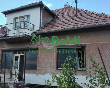Na predaj rodinný dom v obci Dolný Pial ( 578-12-SH )
