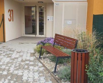 Devínska Nová Ves - pekný 1 izbový byt v novostavbe AMBER, parkovacie miesto