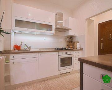 Krásny moderný zariadený 1 izbový byt, BA I. Staré mesto, Karadžičova ulica