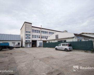 BEZ ÚVERU na splátky!!! Polyfunkčná budova na predaj v meste Liptovský Mikuláš