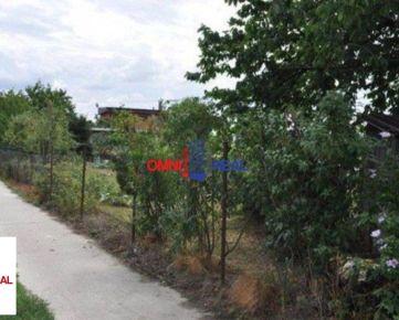 Pozemok - záhrada, Tymiánová ulica, 550 m2, možnosť výstavby rodinného domu