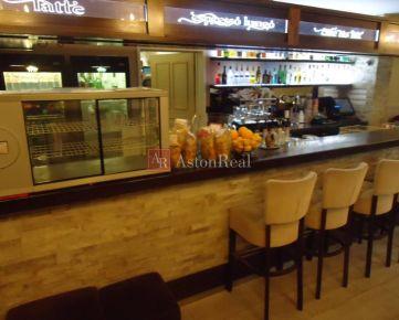 ODSTÚPENIE zabehnutej kaviarne v Považskej Bystrici.