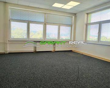 GARANT REAL - prenájom kancelársky priestor, 46 m2 vrátane kuchynky, Masarykova ulica, Prešov