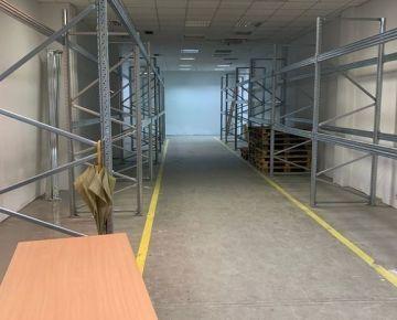 Prenájom skladových priestorov o výmere 144 m² na Bajkalskej ulici, Bratislava - Nové Mesto.