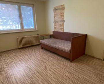 ZNÍŽENÁ CENA - Útulný 1-izbový byt na predaj Kežmarok - Juh