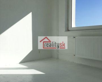 REZERVOVANÝ 1 - izbový slnečný byt - RAČA