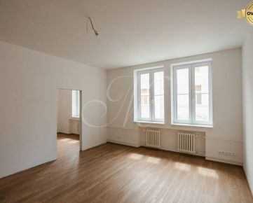 Nadštandardný 1i byt s balkónom v centre Starého Mesta na predaj