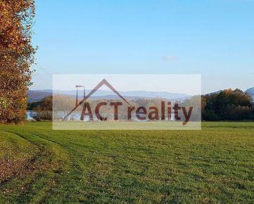 ACT Reality - NÁDHERNÝ POZEMOK 11.560 m2, pri priehrade LAZANY
