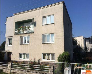 Exkluzívne na predaj priestranný, čiastočne zrekonštruovaný rodinný dom v okrajovej časti obci Vidiná, len 2km od centra mesta Lučenec