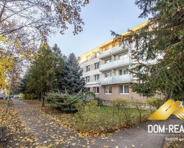 Dom realít a pekný 2 izbový byt komplet zrekonštruovaný na ul. Za Humnami v Nitre