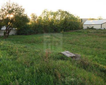 Direct Real - Stavebný pozemok 982 m2 na výstavbu skladu, servisu, výroby a.i., akt.UPI, Rača- Šajby, MHD 100 m