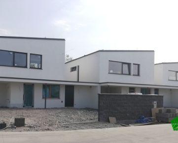 5 izbový tehlový RD s 2 kúpeľňami– ÚP 131 m2, pozemok 479 m2, Chorvátsky Grob