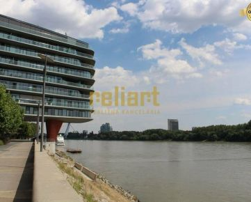 Reliart»RiverPark:Na predaj elegatný 3i byt/eng. text. inside