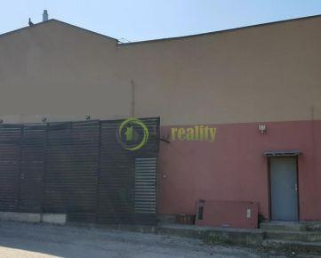 Predaj komerčných priestorov s pozemkom v centre Nitry