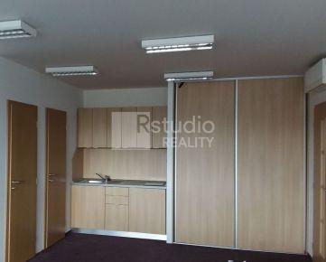 PRENÁJOM - Apartmán s vlastným vstupom / Trnava Zavarská
