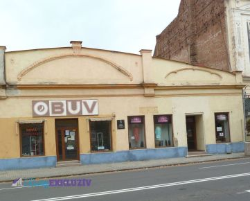 Na predaj budova centrum mesta Lučenec