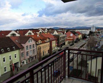 Predaj svetlý 2 izbový byt s balkónom, centrum Malacky