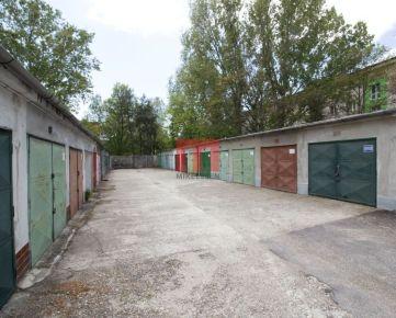 Na predaj garáž s pozemkom s montážnou jamou a elektrikou v Ružinove na ulici Planét