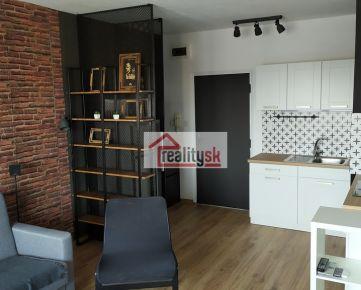 2-izbovy zariadený byt po rekonštrukcii REZERVOVANE