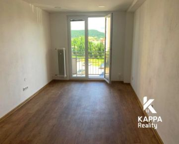 Na predaj 2 izbový byt s balkónom, Trenčín, kompletná rekonštrukcia