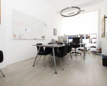 Kancelárie v centre mesta s parkovaním - 56, 16 m2
