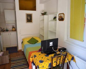Dlhodobý prenájom (bez kaucie) – Apartmán v penzióne v rakúskej obci Wolfsthal – 5 km od Bratislavy