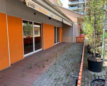 Ponúkame na predaj Reštauráciu na Trhovej ulici, Bratislava - Dúbravka