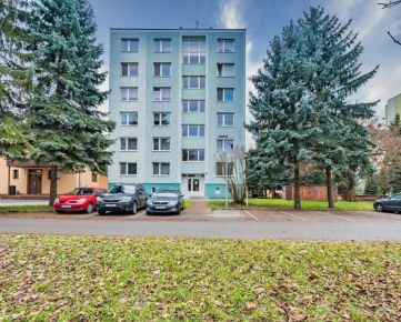 Veľký 3 izbový byt na prenájom, Požiarnická ulica, Prešov