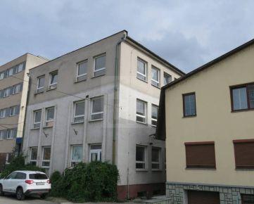 Direct Real - Budova s úžit.plochou 2 200 m2 na pozemku 1 050 m2, 20 parkovacích miest, Sihoť III, Trenčín