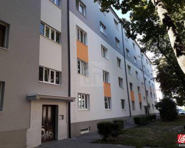 Direct Real - Tehlový byt vo vyhľadávanej lokalite. Na pešo zimný štadión, Central, NTC aj Trnavské mýto...