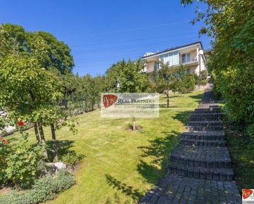 Moderná 6 izb. vila Karlova Ves, 364 m2 + záhrada 1. 500 m2, garáž