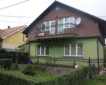 Dvojpodlažný rod.dom vo vyhľadávanej lokalite na ulici Terézie Vansove