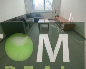 Na prenájom zrekonštruovaný 2 - izbový byt s balkónom, Vlčince 3