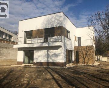 Novostavba rodinného domu v Horskom parku na predaj