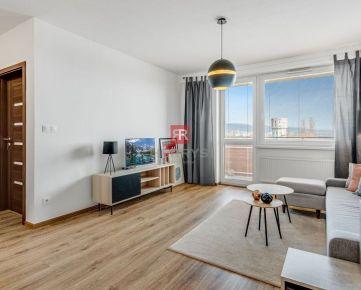 HERRYS - Na predaj 2 izbový byt s lodžiou, murovanou pivnicou a garážovým státím v novostavbe Nobelova v Novom Meste