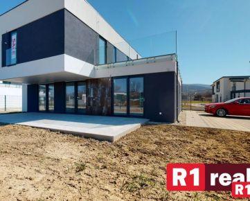 Nový 5 izb. rodinný dom / Banka pri Piešťanoch