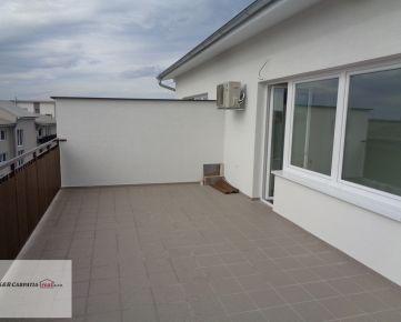 K&R CARPATIA-real ** TOP PONUKA ** Nádherný - 2 i byt s veľkou terasou - 11 ,50 m2 - a exkluzívnym výhľadom -  Slovenský Grob