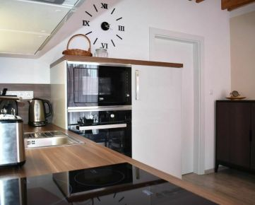 2-izbový Smart Home apartmán v historickom centre mesta
