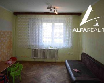 1 izbový byt neďaleko centra v obci Bošany, okres Partizánske