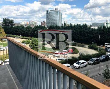 Na prenájom 3 izbový byt na Jarabinkovej ulici v novostavbe Jarabinky v Ružinove - Nivy