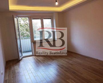 3-izbový byt vo vyhľadávanej ružinovskej lokality Ostredky na ulici Mesačná.