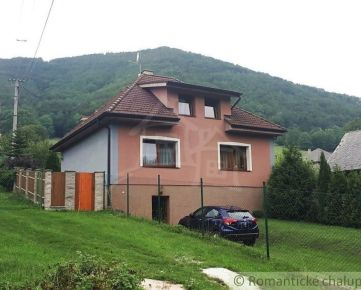 Priestranný rodinný dom v nádhernom prostredí Strážovských vrchov na predaj