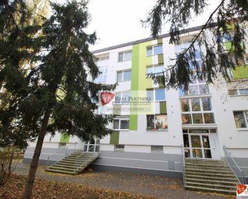 REB. sk Predaj 3 izbový byt Vážska ulica, 74 m2, 3/4 poschodie, BA II.