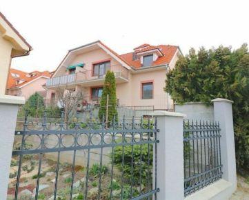 Predaj 2 izbový podkrovný byt, Marianka, ul. Nad Bednárovým