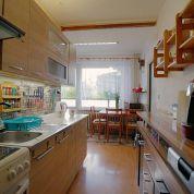 2-izb. byt 66m2, čiastočná rekonštrukcia