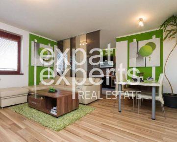 Priestranný 4i byt, 118 m2, zariadený, s balkónom a parkovaním