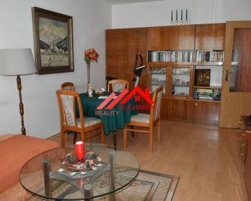 Kuchárek-real: REZERVOVANÉ 2 iz. byt v Bratislava IV -Dúbravka, ul. Hanulova