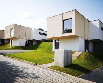Záhradné sady: 4 izbový rodinný dom v novej rezidenčnej štvrti v Prešove